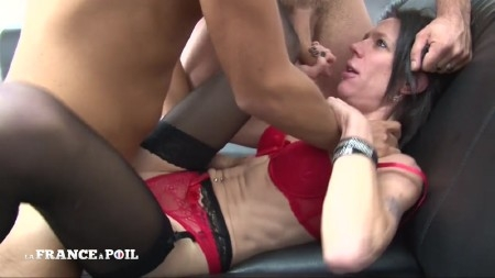 Jessica - Skinny brunette in red lingerie gets hard double penetrated (2019/LaFranceaPoil/HD/720p)