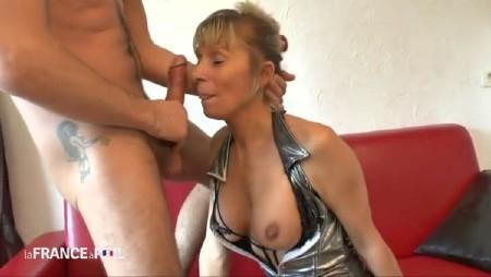 ⭐ Discutez avec des femmes matures sur cougar.fm